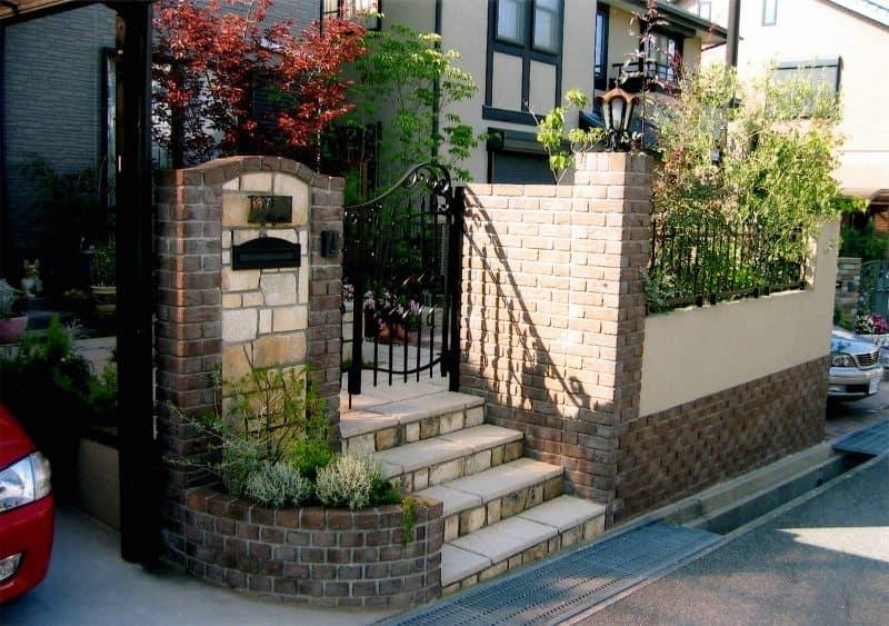 イギリス・ミントの家|GARDENさくら 兵庫県神戸市西区の女性建築士が造る庭・ガーデニング・外構・エクステリア