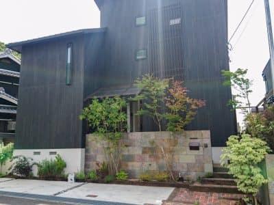 須磨 イギリスと日本 育みの庭- 女性建築士が造る庭・ガーデニング・外構 神戸|GARDENさくら〜にわさくら〜